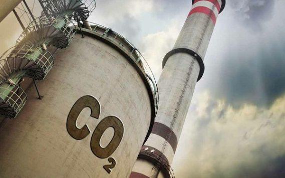 Объем выбросов нефтегаза сопоставим с выбросами АПК и превышает выбросы других обрабатывающих отраслей