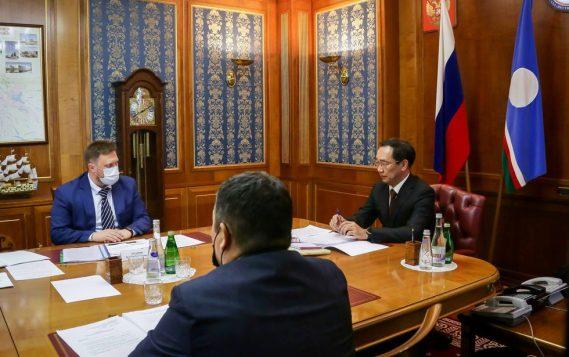 Виктор Хмарин и Айсен Николаев обсудили вопросы развития энергетики Якутии