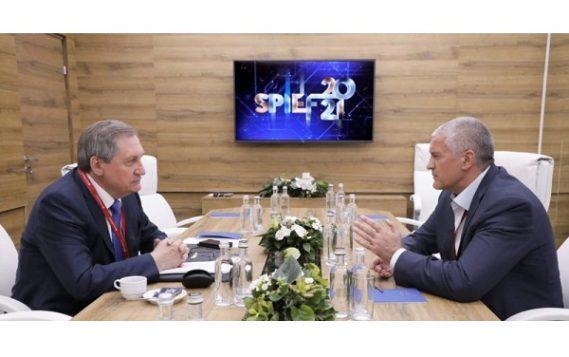 Глава Минэнерго РФ на ПМЭФ-2021 провел ряд рабочих встреч, в том числе, с ТОПами ведущих мировых компаний