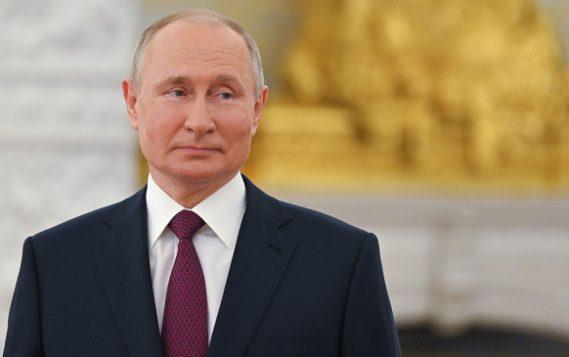 """Путин: перерегистрация """"Газпрома"""" в Петербурге даст городу дополнительные деньги"""