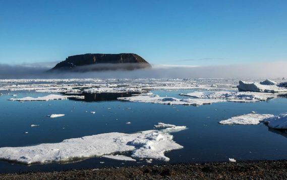 В России запустят четыре спутника, чтобы следить за Арктикой